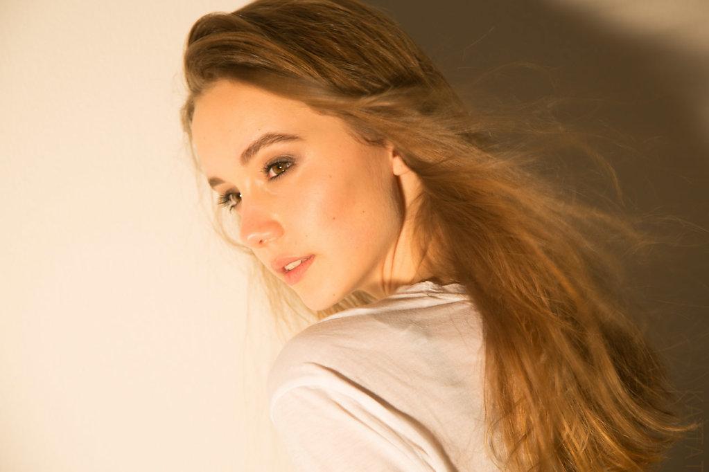 Katharina-Briem-Kucharsky-Golden-Eye-036-2.jpg