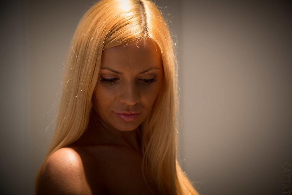 Katharina-Briem-Kucharsky-Golden-Eye-009.jpg
