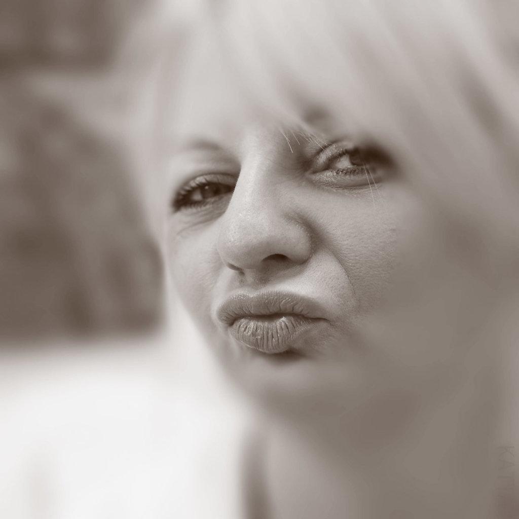 Katharina-Briem-Kucharsky-Golden-Eye-036.jpg