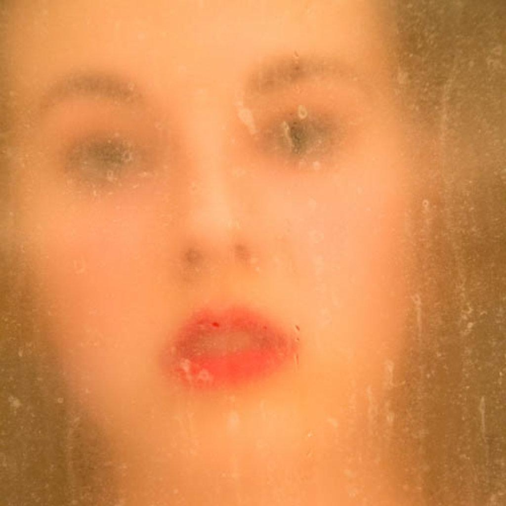 Katharina-Briem-Kucharsky-Golden-Eye-001-2.jpg