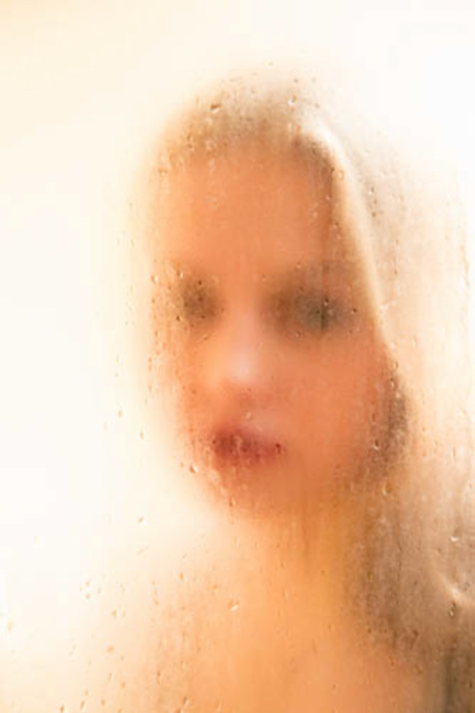 Katharina-Briem-Kucharsky-Golden-Eye-001-4.jpg